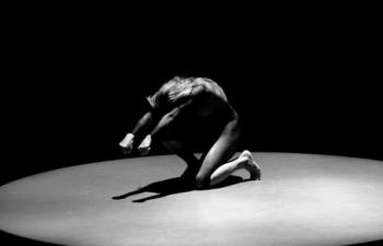 'Reverie' dei BodyVox apre il festival al Verdi