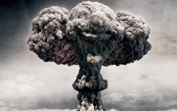18574-1280x800-atomic-bomb-explosion