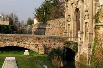 Mura rinascimentali: oltre il restauro