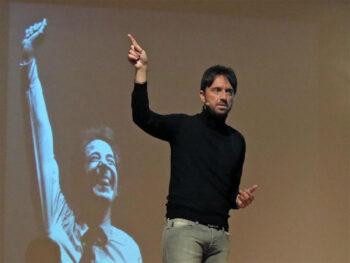 """Andrea Scanzi: """"E pensare che c'era Giorgio Gaber"""""""