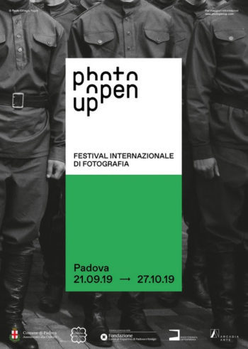 Photo Open Up