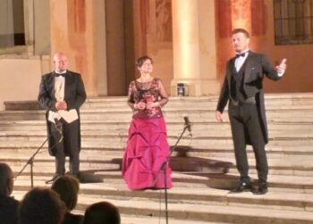"""Venice Opera Singers"""